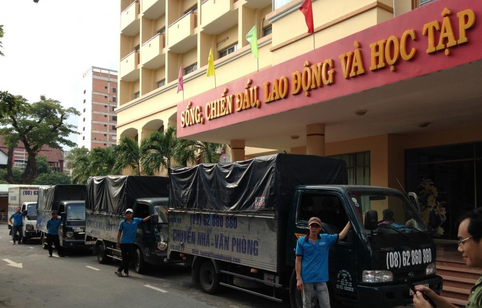 Xe taxi tải dịch vụ cho thuê xe tải chở hàng TPHCM giá rẻ công ty Thành Phương